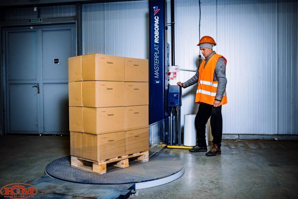Современная складская техника для выполнения полного комплекса функций по хранению товаров в Полтаве